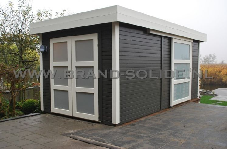 Modern tuinhuis plat dak 250 x 500 dubbele deur en schuifdeur : Brand ...