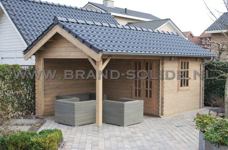 Blokhut op maat 350 x 350 luifel 350 met dakpannen brand solide - Veranda met dakpan ...